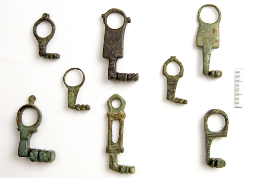 ANCIENT ROMAN KEYS